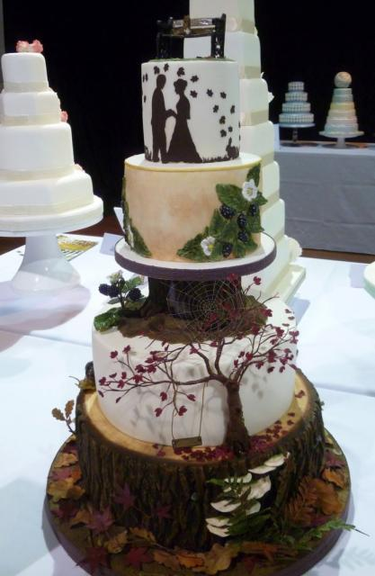 forest fall foliage 4 tier cool wedding cake with tree trunk bride groom silhouette jpg hi res. Black Bedroom Furniture Sets. Home Design Ideas