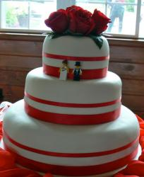 red wedding cake.JPG