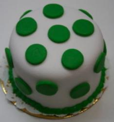 White St. Patrick's Day Cake with green dots for a perfect cake decor pictures.JPG