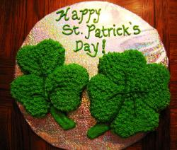 Clover cakes picture with two beautiful clover leaves perfect for St. Pratrick's Day party.JPG