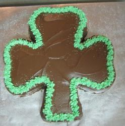 Chocolate clove shaped cake perfect for St. Patrick party.JPG