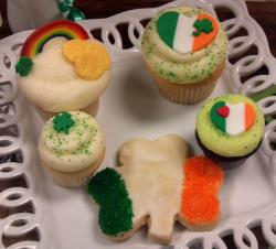 Colorful St Patricks cupcakes and clove shaped cookie.JPG