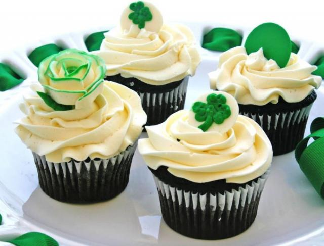 Dark chocoloate cupcakes with roses and cloves perfect way to celebrating St Patrick's day.JPG