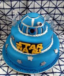 R2D2 Star Wars Theme 3 Tier Blue Cake.JPG