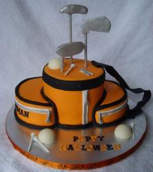 Orangle golfbag Halloween cake.JPG