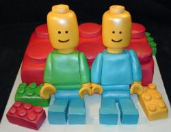 Large lego figures birthday cake with large lego blocks.JPG