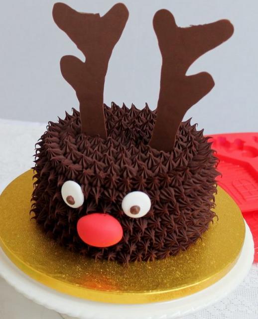 Reindeer cake reindeer theme chocolate christmas cake jpg