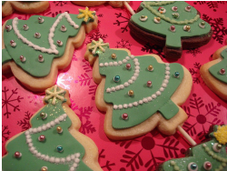 Christmas trees cookies in gaint sizes.PNG