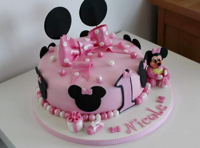 Cute Personalized Minnie Mouse Pink First Birthday Cake