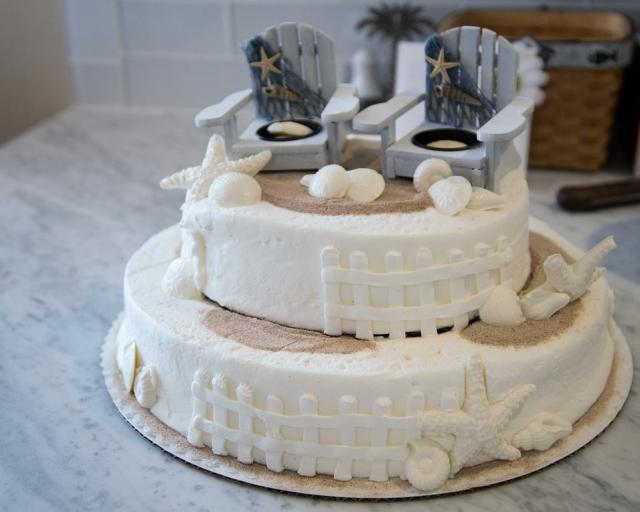 Super Lounge Chairs Beach Theme 2 Tier Birthday Cake With Starfish Personalised Birthday Cards Akebfashionlily Jamesorg
