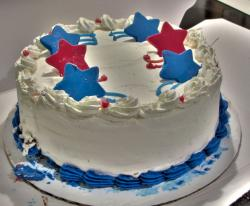 Vannilla ice cream cake with blue and red stars.JPG