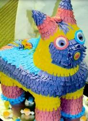 Horse pinata mexican cakes picture.JPG