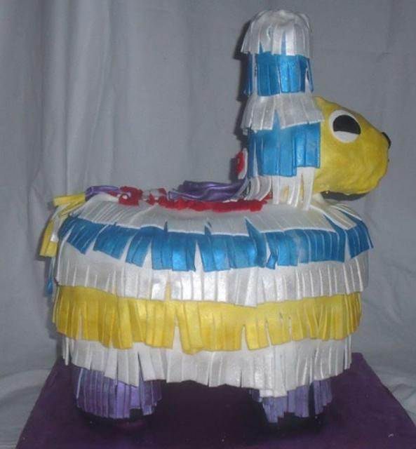 Mexican pinata cakes pictures.JPG
