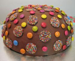 Small chocolate M & M pinata cake photo.JPG