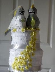 Wedding pinata cakes pictures.JPG