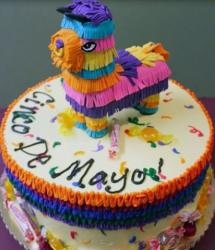 2015 Pinata cakes with horse pinata cake topper photo.JPG