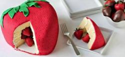 Fresh fruits pinata cakes with straberry shaped cake with fresh straberries.JPG