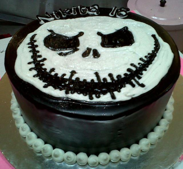 Scary cakes pictures.JPG