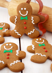 Gingerbread man cookies photos.PNG