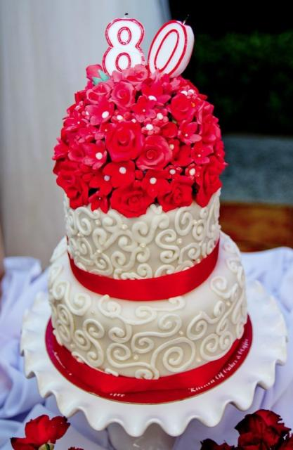 Small 2 Tier 80th Birthday Cake With Bouquet Of Red