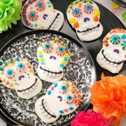 Day of the Dead Cookies pictures.JPG