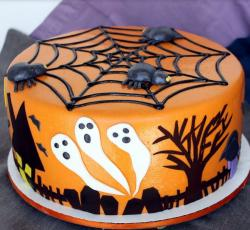 2015 kids ghost cakes perfect for halloween party.JPG