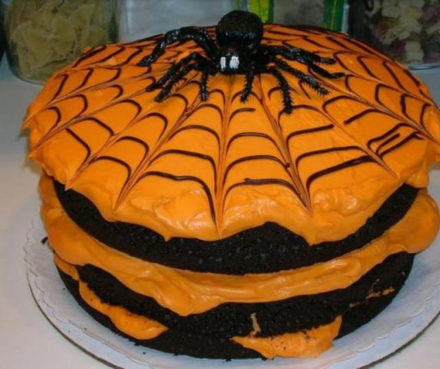 Homemade halloween cake in orange with spider jpg for Easy halloween cakes to make at home