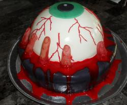 Giant eyeball halloween cake.JPG
