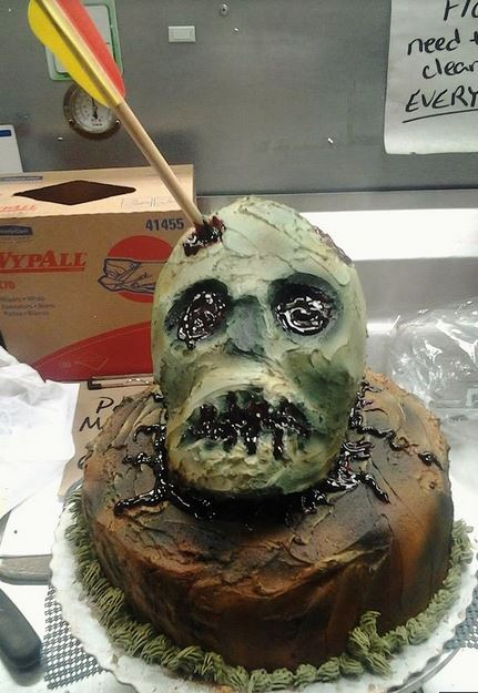 Zombie Head Cake with bow.JPG