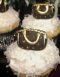 Louis Vuitton cupcakes pictures.JPG