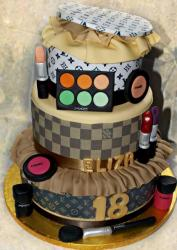 Louis Vuitton with makeup cake decoration.JPG