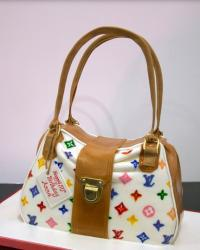 Colorful  LV purse birthday cake picture.JPG