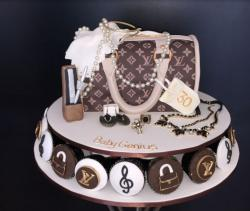 Louis Vuitton handbag LV jewelrys and LV cupcakes picture.JPG