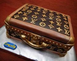 Louis Vuitton suitcase cake picture.JPG