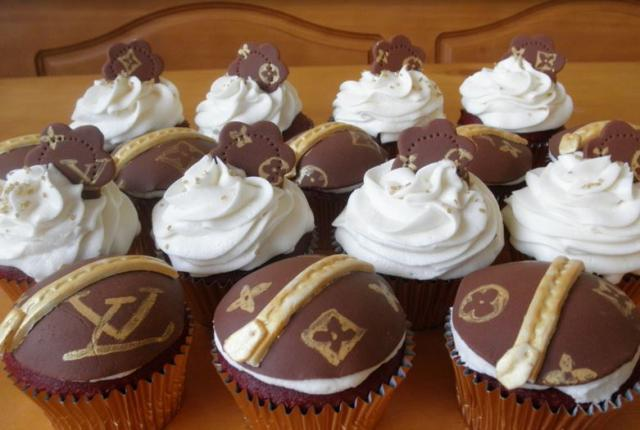 Louis Vuitton birthday cupcakes.JPG