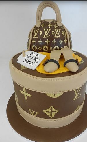 Tall Round Louis Vuitton Purse Cake Picture Jpg