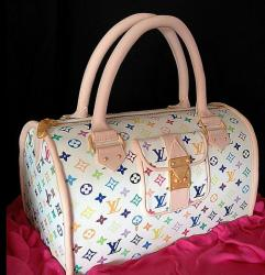 White Louis Vuitton canvas cake pictures.JPG