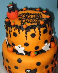 Orange Halloween cake with ghost and black cat cake decor ideas.JPG