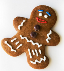Big gingerbread men cookie with funny face expression cookie decor.PNG