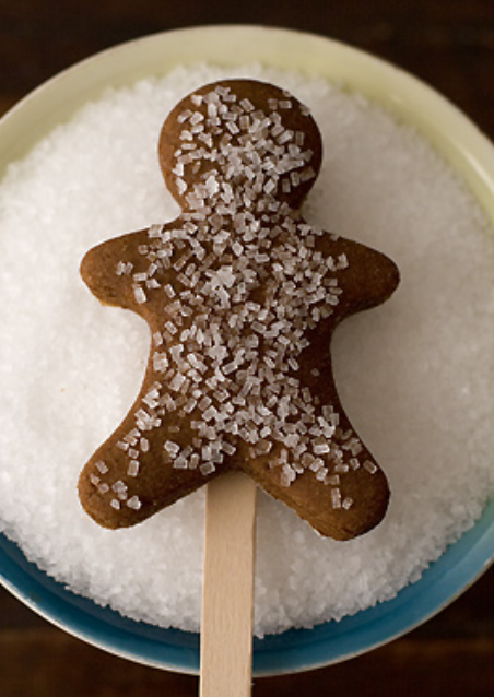 Dark ginger bread men with surgar coating.PNG