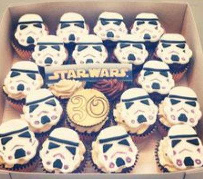 Star Wars cupcakes pictures.PNG