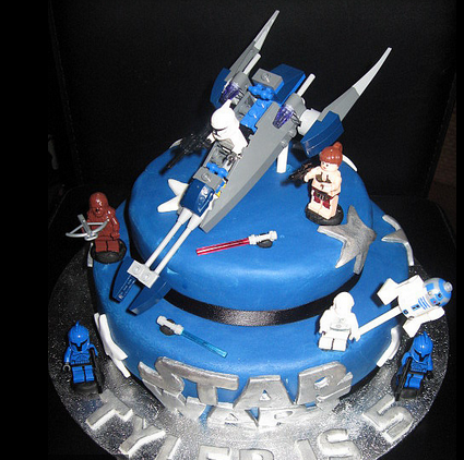 ... Star Wars birthday cakes with lego star wars figures cake toppers.PNG