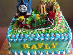 Square Thomas and friends birthday cakes theme.PNG