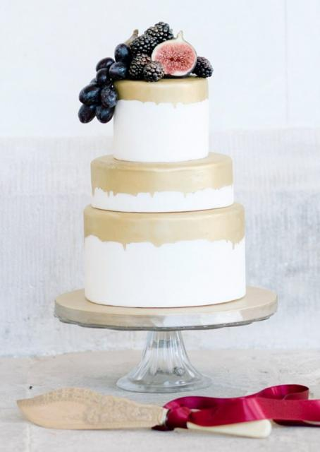 Small 3 Tier Wedding Cake With Gold Glaze Amp Fig Berries