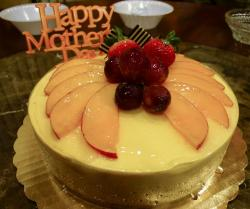 Mango fruits cakes would be a wonderful cake for special mother's day.JPG