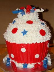 Giant 4th of July cupcake looking so fun and festive.JPG