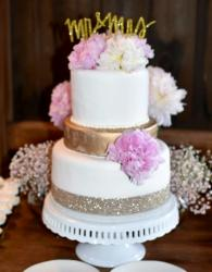 Mid-size Wedding Cake in 3 Tiers with Mr & Mrs Topper in Gold.JPG