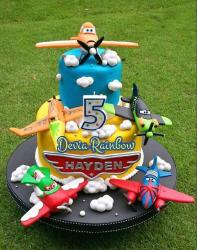 Disney Planes 5th Birthday Cake for Kids with Dusty and Friends