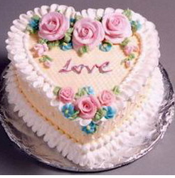Pretty traditional valentine cake decor.PNG
