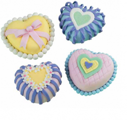 Small heart shaped valentine cake in full bright colors.PNG